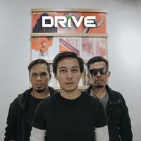 Drive rilis single baru bareng Rizki, eks vokalis The Titans. (DRV Records)