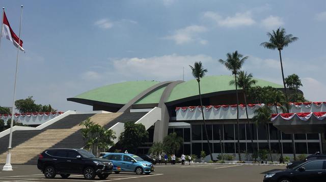 Gedung DPR/MPR di Jalan Jenderal Gatot Subroto, Jakarta.(Www.sulawesita.com)