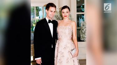 Pernikahan Miranda Kerr dan Evan Spiegel dilangsukan secara tertutup. Hanya ada sekitar 50 orang yang diundang dalam resepsi.