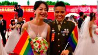 Tentara LGBT di Taiwan berpartisipasi dalam acara nikah massal, diizinkan oleh militer negara (AFP)
