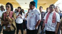 Konferensi pers pengujian jaringan Palapa Ring Tengah di Kantor Pelayanan Pajak (KPP) Tahuna, Kabupaten Kepulauan Sangihe, Sulawesi Utara, Jumat (18/1/2019). Liputan6.com/Andina Librianty