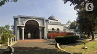 Suasana area masjid di Asrama Haji, Pondok Gede, Jakarta, Kamis (25/6/2020). Tahun ini, Asrama Haji Pondok Gede tak seperti sebelumnya ketika ribuan umat muslim berkumpul untuk menerima pembekalan sebelum berangkat menunaikan ibadah haji. (Liputan6.com/Helmi Fithriansyah)