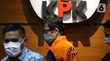 Ekspresi Samin Tan saat Ditahan KPK