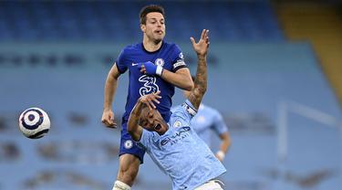 FOTO: Tekuk Manchester City 2-1, Chelsea Pastikan Perebutan Gelar Juara Liga Inggris Belum Berakhir - Raheem Sterling; Cesar Azpilicueta