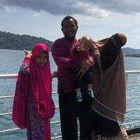Caesar dan keluarga (Instagram/caisar_yang_belomsempurna)