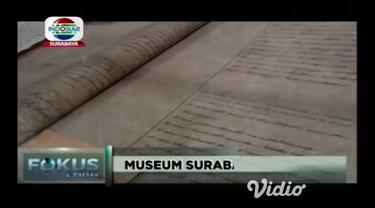 Ingin bernostalgia dengan Surabaya tempo dulu bisa berkunjung ke Museum Surabaya yang berlokasi di Gedung Siola Jalan Tunjungan banyak koleksi kuno dan sejarah yang bisa dilihat.