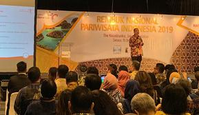Arief Yahya saat memberikan sambutan di Seminar Rembuk Nasional Pariwisata Indonesia 2019 yang dilaksanakan pada Selasa, 15 Oktober 2019 di The Kasablanka, Jakarta Selatan. (dok. Liputan6.com/Novi Thedora)