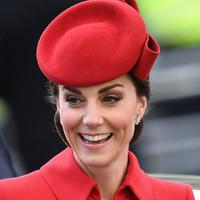 Kate Middleton pakai ulang coat dress dari 2016. (Foto: instagral.com/royal.addicted)