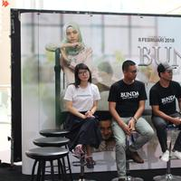 Produser, Sutradara, dan Owner Upnormal pada Press Conference film Bunda: Kisah Cinta 2 Kodi, Kamis (25/1/2018)