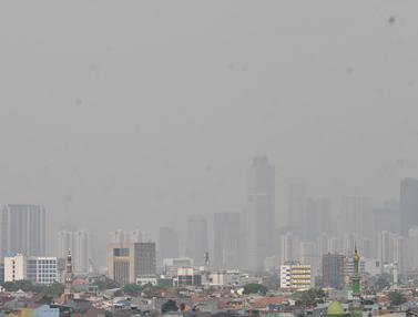 Hari Minggu, Kualitas Udara Jakarta Terburuk Ketiga di Dunia