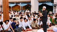 Ustaz Yusuf Mansur di Malam Peringatan Nuzulul Quran di Banyuwangi.