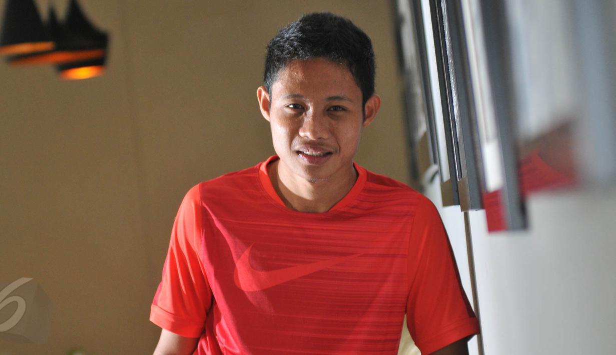Evan Dimas saat ditemui di kawasan Senayan, Jakarta. Foto diambil pada Kamis (28/5/2015). (Liputan6.com/Herman Zakharia)