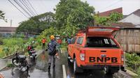 Pusdalops BPBD DI Yogyakarta melaporkan kejadian hujan disertai angin kencang pada Minggu, 8 Desember 2019 pukul 20.30 Wib. (Dok Badan Nasional Penanggulangan Bencana/BNPB)