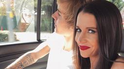 Seperti yang sudah diketahui, Pattie sangat mencintai dan bangga pada anaknya. Ia pun kerap mengunggah foto dan selalu menyebut nama Justin Bieber di keterangan sosial medianya. (instagra,/pattiemallette)