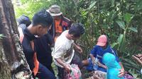 Nenek Katiyem ditemukan di aliran sungai pinggir hutan, Gumelar, Banyumas. (Foto: Liputan6.com/TRC BPBD BMS/Muhamad Ridlo)
