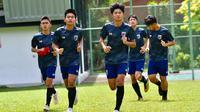 Timnas Thailand U-15 saat sesi latihan. (Bola.com/Dok. FAT)