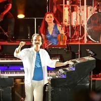 Prambanan Jazz Festival 2019 hari kedua jadi suguhan spesial berkat penampilan sang maestro, Yanni. (Bambang E Ros/Fimela.com)