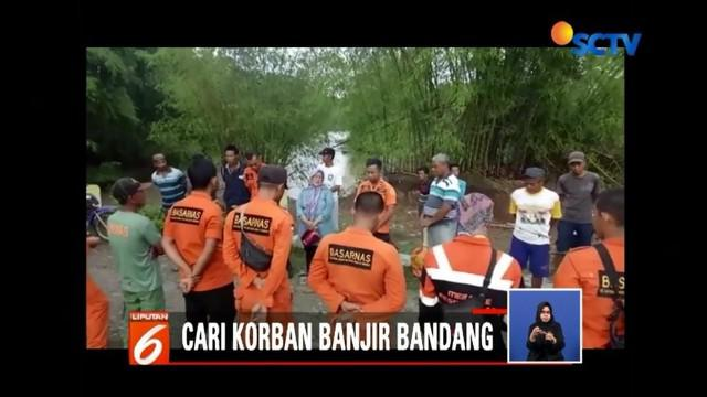 Tim Basarnas masih mencari satu korban hilang diduga terseret arus banjir bandang yang terjadi di Kecamatan Bongomeme, Kabupaten Gorontalo.