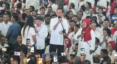 Capres nomor urut 01 Joko Widodo atau Jokowi pidato di depan pendukungnya di Sumatera Utara. (foto: istimewa)