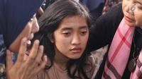 Anggota keluarga korban jatuhnya pesawat Lion Air JT 610 mendatangi posko ante Antemortem Rumah Sakit Polri Kramat Jati, Jakarta, Selasa (30/10). Pihak RS Polri sudah memeriksa 151 anggota keluarga korban pesawat Lion Air. (Liputan6.com/Immanuel Antonius)