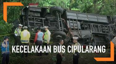 Bus PO Bima Suci terguling dan masuk jurang di Tol Cipularang. Hingga kini jumlah korban meninggal bertambah jadi 7 orang.