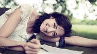 Ternyata bahagia bisa kamu dapatkan hanya dengan melakukan tujuh hal sederhana ini.