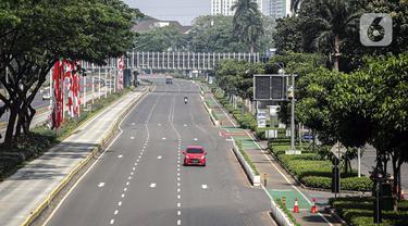 FOTO: Suasana Jalan Utama Jakarta pada Perpanjangan PPKM Darurat