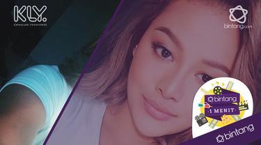 Aurel Hermansyah mengunggah foto dengan warna rambut terbarunya di akun instagramnya.