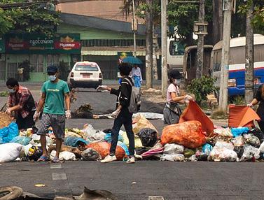 Serangan Sampah untuk Melawan Junta Militer Myanmar