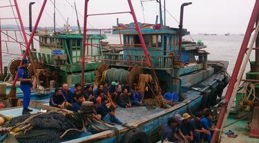 Curi Ikan di Natuna, 5 Kapal Vietnam Ditangkap