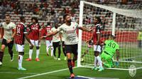Olivier Giroud berhasil menyumbangkan satu gol saat AC Milan bersua Nice pada laga uji coba di Allianz Riviera, Minggu (1/8/2021) dini hari WIB. (dok. AC Milan)