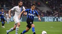 Manchester United mempersilakan Inter Milan untuk kembali meminjam Alexis Sanchez. Namun, kedua tim belum sepakat seputar durasi peminjaman. (AFP/Marco Bertorello)