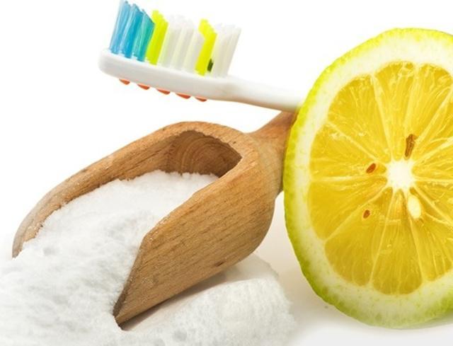 Manfaatkan Baking Soda Lemon Untuk Putihkan Gigi Secara Alami