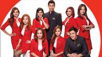 Seperti apa modisnya seragam pramugari dan pramugara AirAsia? Berikut ulasannya.