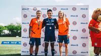 Dua anak Indonesia yakni  Adinda Dwi Citra dan Fariz Fadila mendapatkan kesempatan untuk mengikuti Allianz Explorer Camp Football 2019 di Jerman. (dok. Pribadi)