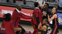 Buzzer Beater Adebayo Bantu Heat Sikat Nets di laga NBA (AP)