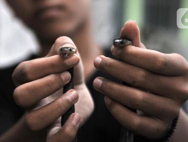 Warga Cakung Digegerkan Penemuan Sarang Kobra