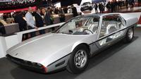Lamborghini Marzal dipamerkan di Geneva Motor Show (Carscoops)