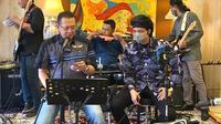 Ketua MPR RI Bambang Soesatyo bersama Youtuber Atta Halilintar.