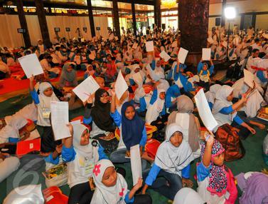 20160619-Ribuan Anak Yatim Tulis Surat Untuk Presiden Jokowi-Jakarta