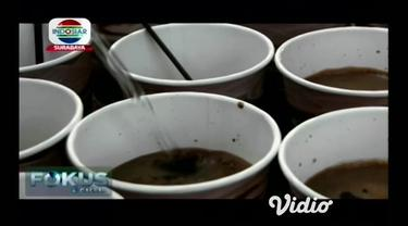 Marak dibukanya kedai kopi di sejumlah daerah, mendorong sebuah komunitas penikmat kopi untuk memperkenalkan kopi khas Probolinggo Jawa Timur, dengan cara yang unik.