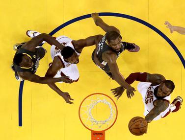 Foto NBA: 5 Pemain dengan Jumlah Penampilan Terbanyak di Babak Playoff NBA, LeBron James Rajanya