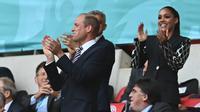 Pangeran William memberikan dukungan kepada Timnas Inggris dengan cara hadir langsung di Stadion Wembley saat pertandingan semifinal melawan Denmark, Kamis (8/7/2021) dini hari WIB. (AFP/Paul Ellis)