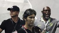 Gomes de Oliveira, Stefano Cugurra dan Jacksen Tiago. (Bola.com/Dody Iryawan)