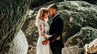 ilustrasi menafat menikah/copyright Unsplash/Vitor Pinto