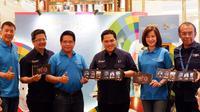 """Bank Mandiri meluncurkan kartu prabayar e-money edisi terbatas bertema """"Energy of Asia"""" yang menampilkan destinasi wisata Indonesia dan Asia."""