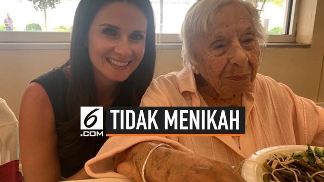 Seorang wanita berusia 107 tahun asal New York, Amerika Serikat membongkar rahasia agar bisa berumur panjang, yaitu dengan tidak menikah.