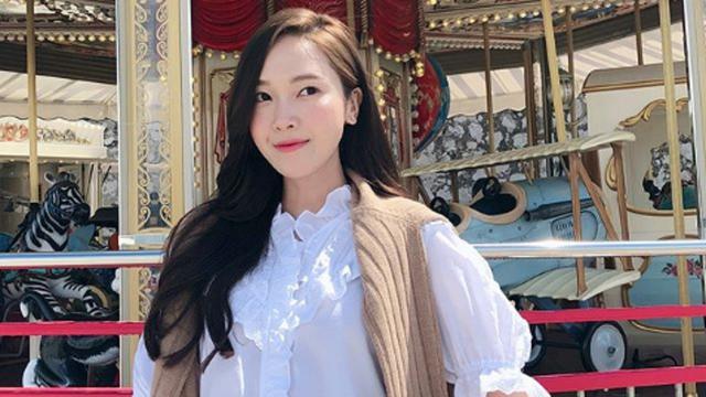 Hengkang Dari Snsd Jessica Jung Bersinar Di Cannes 2018 Showbiz Liputan6 Com