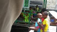 Di Kabupaten Asmat, Papua, ada kebiasaan warga menyayat bagian tubuh agar penyakitnya sembuh. (Biro Komunikasi dan Pelayanan Masyarakat Kementerian Kesehatan RI)