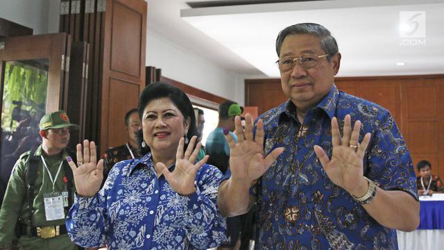 SBY Beserta Keluarga Memilih di Cikeas Bogor